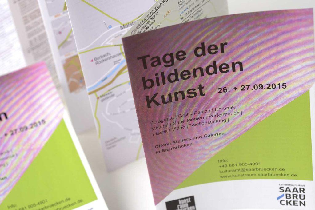 """Grafikdesign Plakat Faltblatt Leporello Kulturamt der Landeshauptstadt Saarbrücken """"Tage der bildenden Kunst 2015"""" Ausschnitt"""