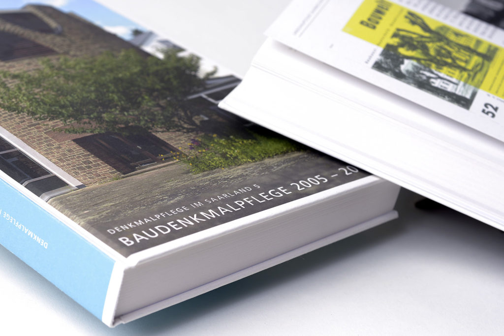 """Grafikdesign Buch Ministerium für Bildung und Kultur, Landesdenkmalamt Saarland: """"Denkmalpflege im Saarland Band 5, Baudenkmalpflege 2005 – 2014"""", 288 Seiten"""