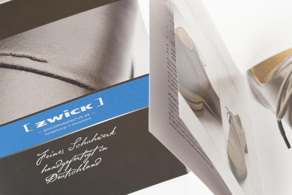 """Grafikdesign Broschüre Zwick Schuhmanufaktur: Firmendarstellung """"Feines Schuhwerk handgefertigt in Deutschland"""", 16 Seiten"""